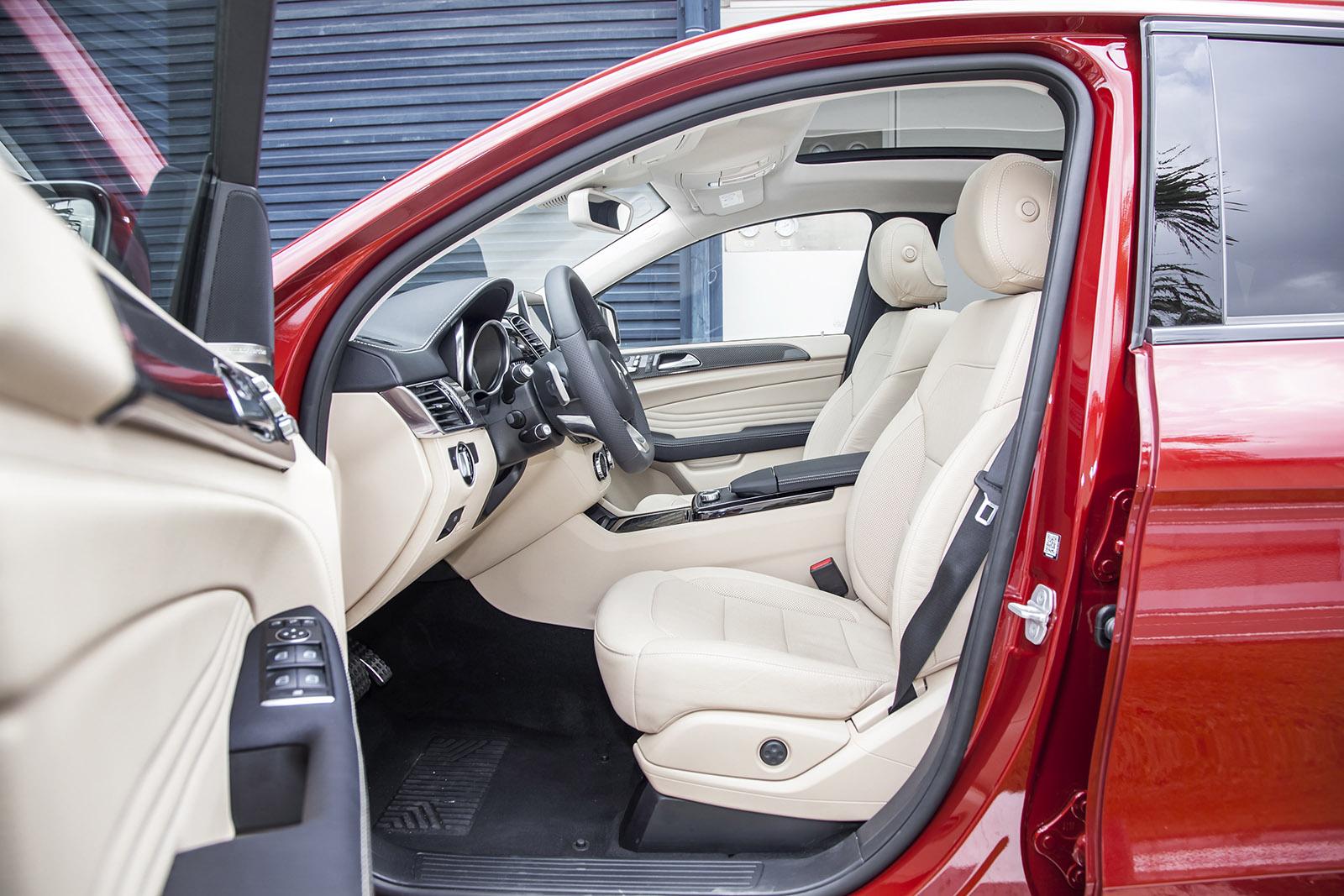 Mercedes-Benz - Chuyen dong cung dang cap thoi thuong_2