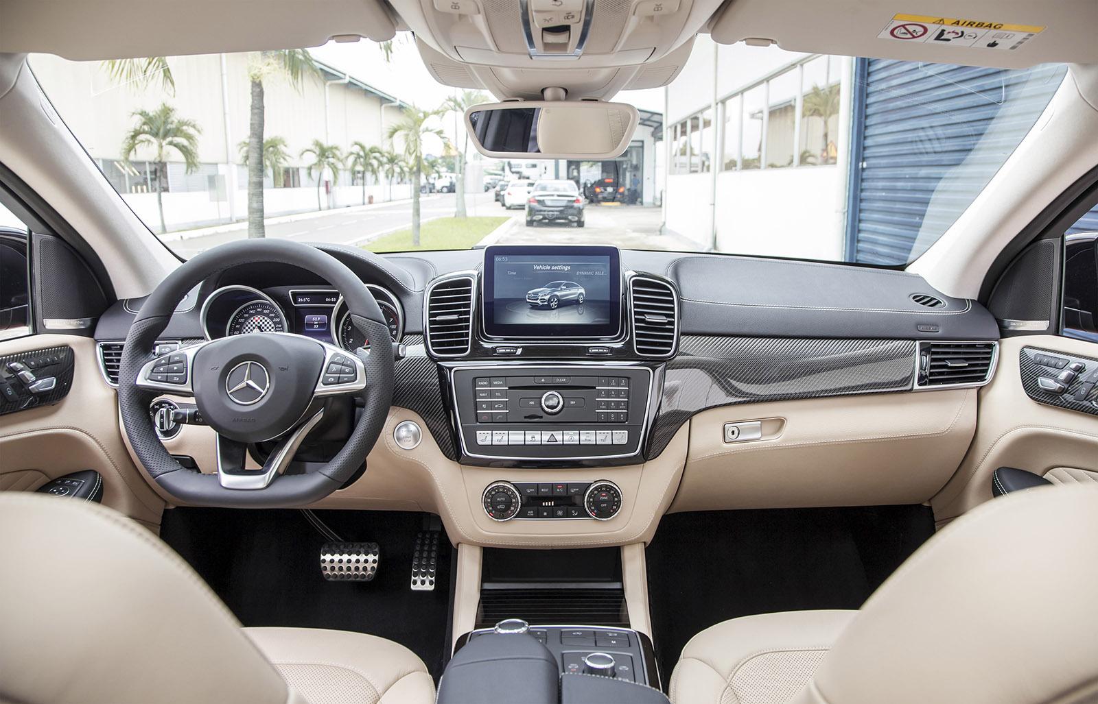 Mercedes-Benz - Chuyen dong cung dang cap thoi thuong_3