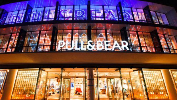 Pull & Bear là một trong những thương hiệu thuộc Inditex có tăng trưởng với mức 10,4%. Ảnh: Inditex.