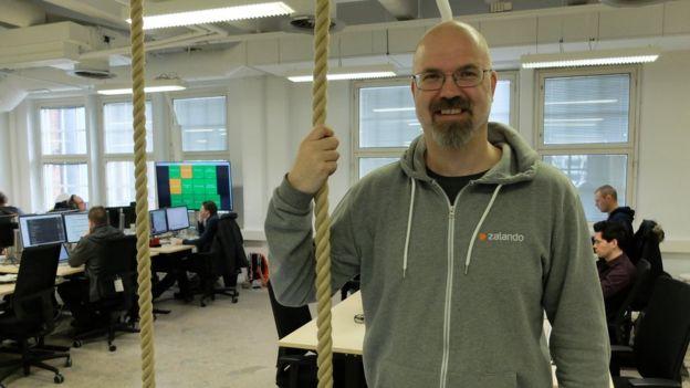 Tuomas Kytomaa là kỹ sư phần mềm, đã dành gần như cả đời làm việc cho Nokia.