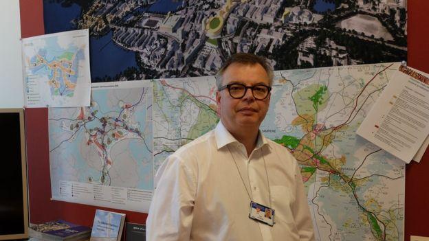 """Kari Kankaala - Người chịu trách nhiệm phát triển kinh tế và đô thị tại thành phố Tampere cho biết: """"Nokia là xương sống của mọi thứ ở đây""""."""