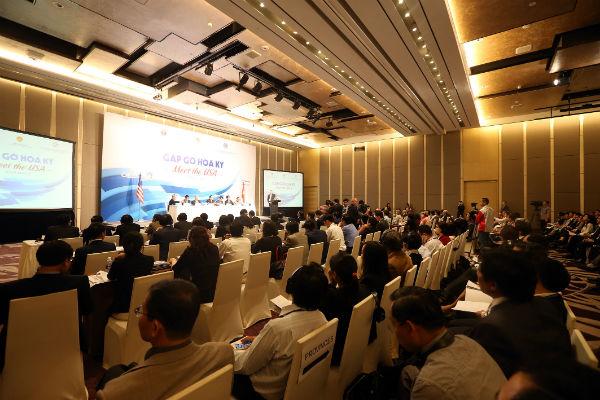 Buổi tọa đàm thu hút sự quan tâm của nhiều doanh nghiệp hai nước Việt Nam và Hoa Kỳ. Ảnh: Đức Thanh.