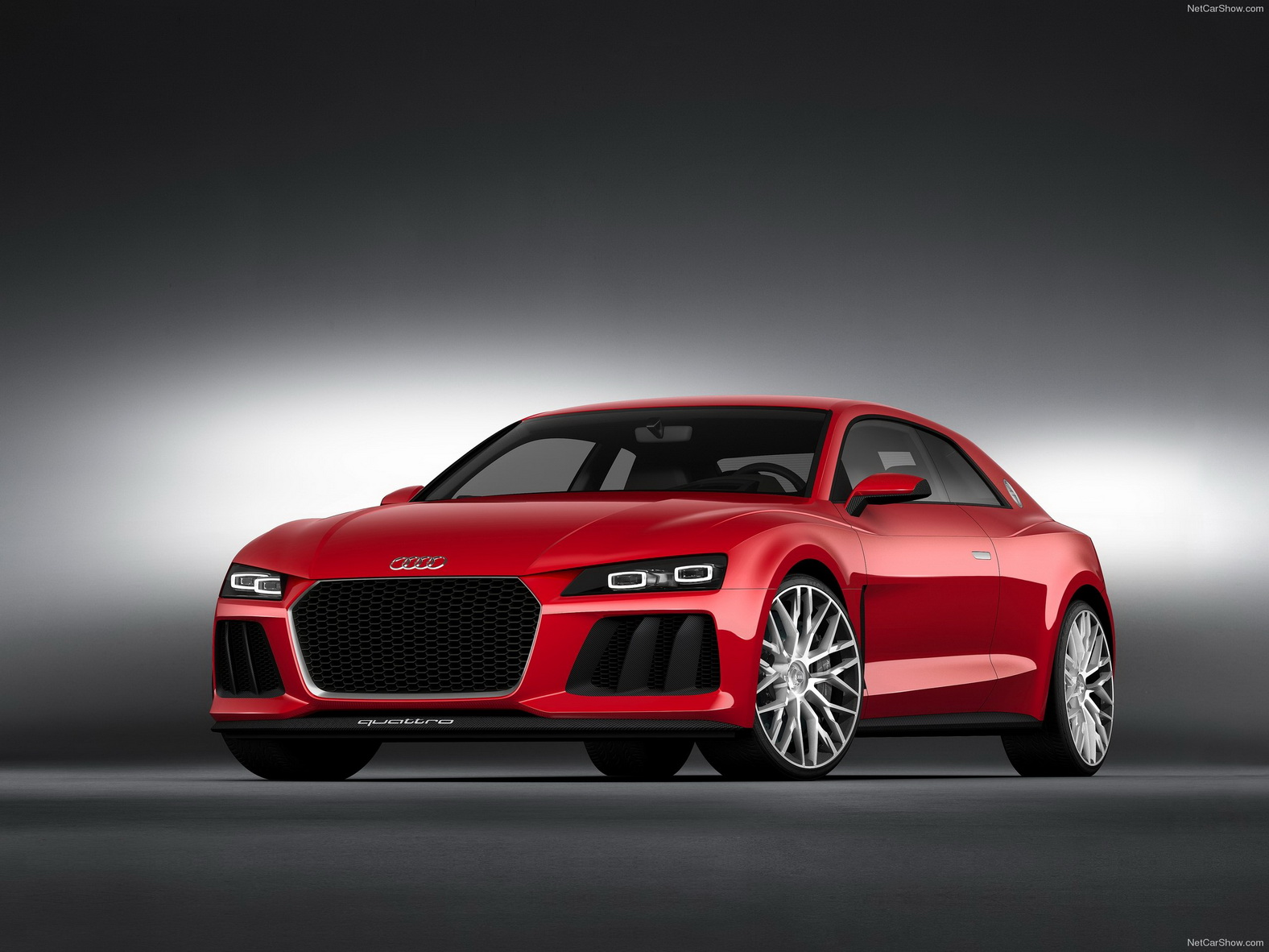 Audi Sport quattro concept được trang bị cả đèn laser và đèn LED
