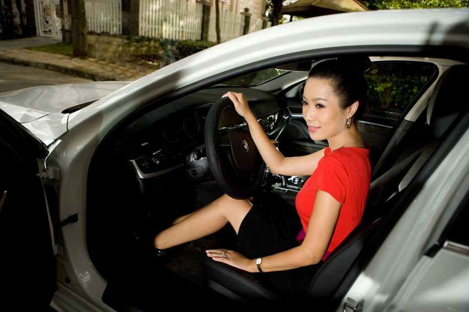 Diễn viên Trịnh Kim Chi, fan trung thành của dòng xe Series 5