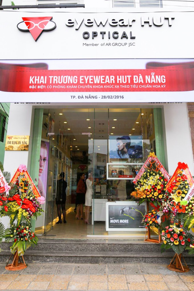 Showroom eyewear HUT Đà Nẵng