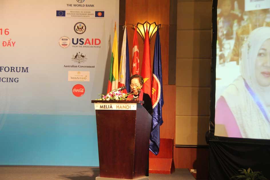 Phó Chủ tịch nước Nguyễn Thị Doan phát biểu tại sự kiện