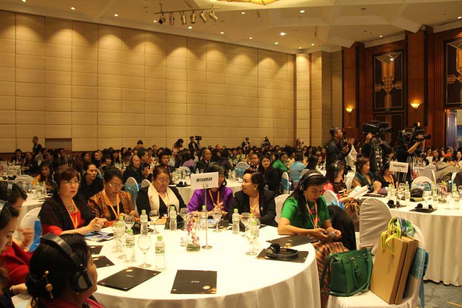Gần 500 doanh nhân nữ trong khu vực Asean đã tham dự sự kiện