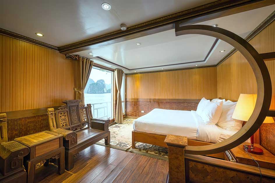 La Vela hứa hẹn sẽ mang đến những trải nghiệm thú vị cho du khách trên vịnh Hạ Long.