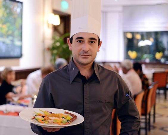 Bếp trưởng Olivier Genique của nhà hàng Le Beaulieu, Metropole Hanoi