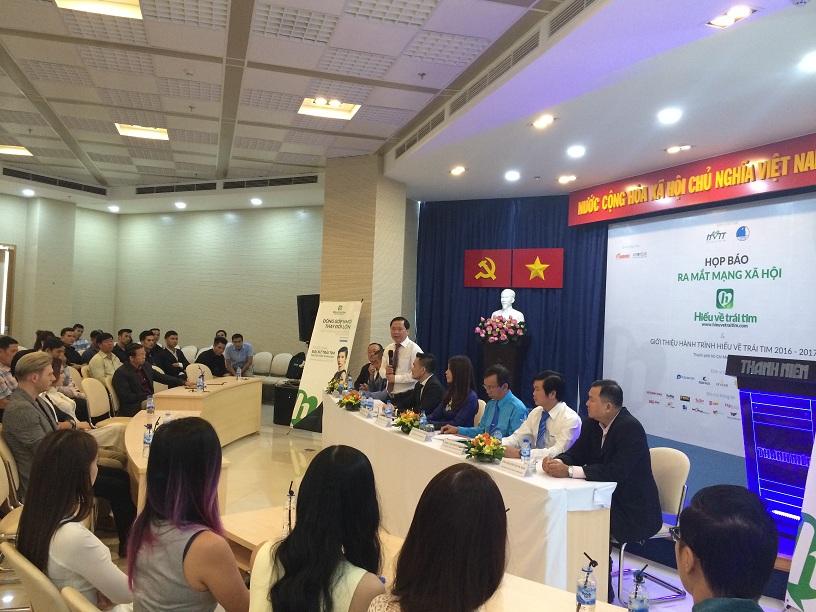 Ông Nguyễn Phi Long, Chủ tịch Hội Liên hiệp thanh niên Việt Nam phát biểu tại họp báo.