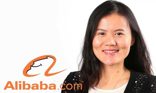 """Trong danh sách những phụ nữ uy quyền nhất ngành công nghệ châu Á, luôn có tên Lucy Peng, đồng sáng lập tập đoàn thương mại điện tử Alibaba Group và là CEO của Ant Financial Services. Lucy Peng có tài sản 1,2 tỷ USD và được mệnh danh là người phụ nữ quyền lực sau lưng """"ông trùm công nghệ"""" Jack Ma của Trung Quốc."""