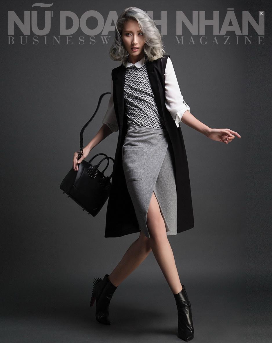 áo Dorothy Perkins; váy & áo khoác Miss selfridge; túi và giày Christian Louboutin.