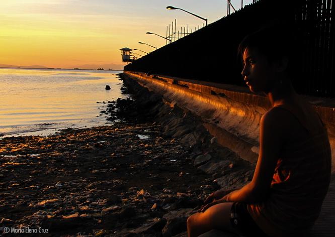 Ngắm hoàng hôn trên vịnh Manila lãng mạn và thơ mộng