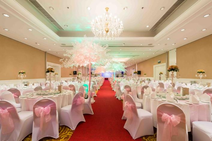 Eastin Grand SG Wedding - Grand Ballroom_resize
