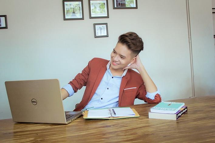 Mẫu laptop 5459 phù hợp cho đối tượng người dùng văn phòng năng động