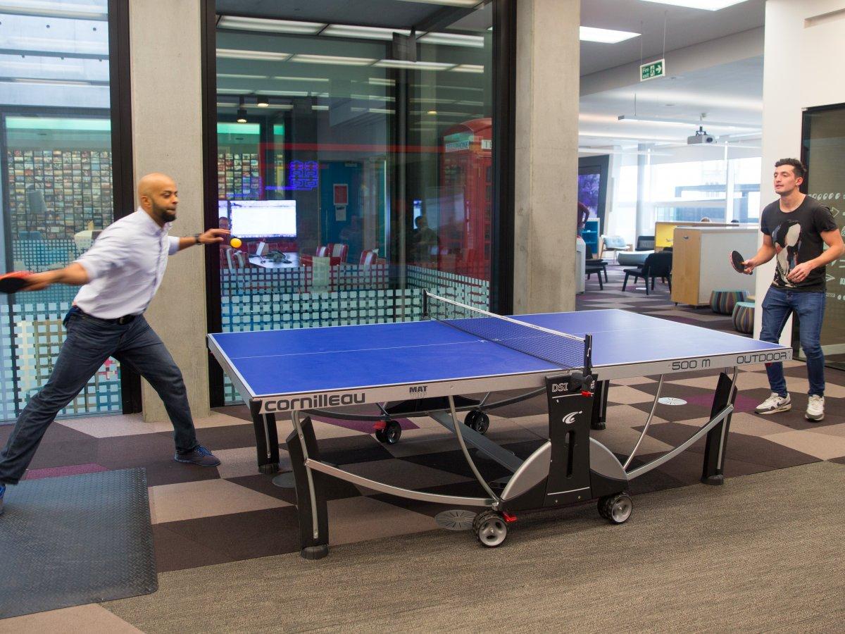 Giống như nhiều hãng công nghệ khác, nhân viên ở đây có thể chơi bóng bàn trong thời gian rảnh.