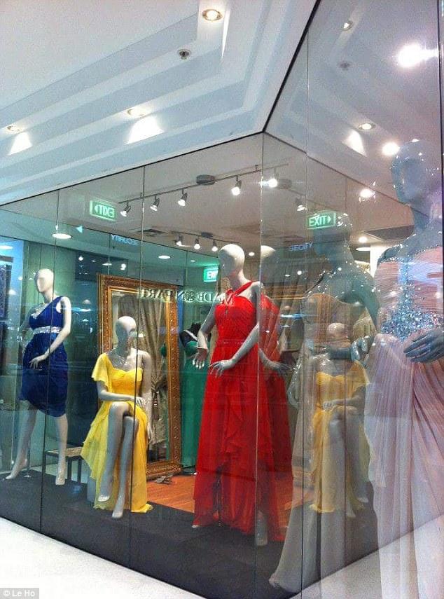 Cửa hàng váy cưới đầu tiên của Le Ho
