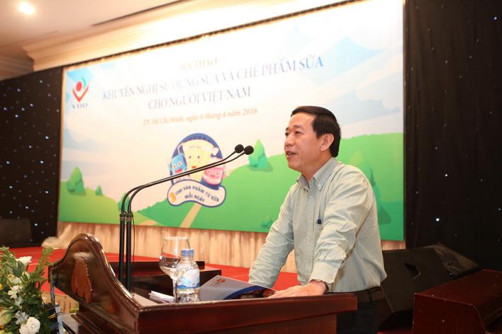 Ông Nguyễn Đức Vinh - Vụ trưởng Vụ Sức khỏe bà mẹ và trẻ em phát biểu khai mạc hội thảo