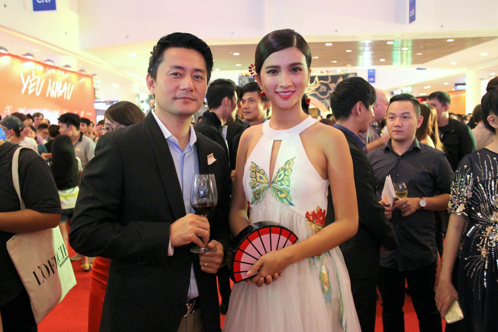 Nam diễn viên Trương Minh Cường và nữ diễn viên Kim Tuyến