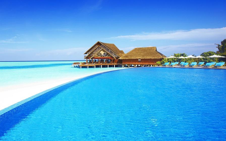 Maldives – hòn đảo xinh đẹp như một viên ngọc lục bảo nằm ở Ấn Độ Dương.