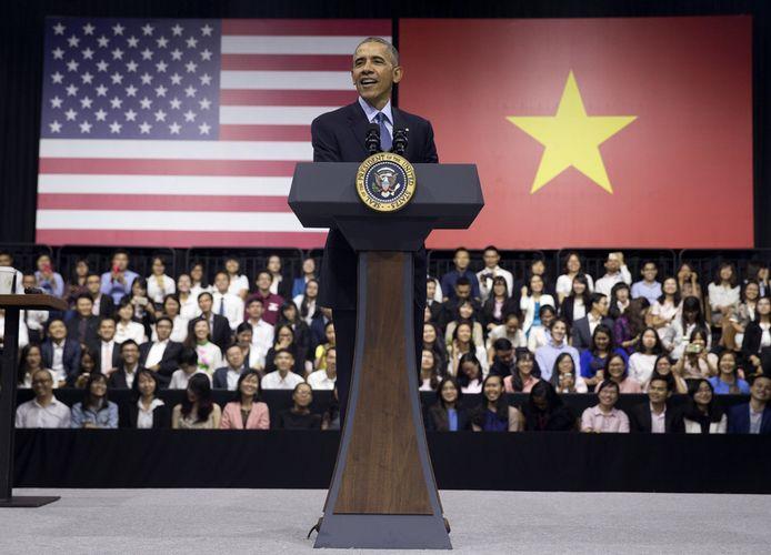 Tổng thống Mỹ Obama phát biểu sáng nay trước các thủ lĩnh trẻ YSEALI. Ảnh: Carolyn Kaster/AP.