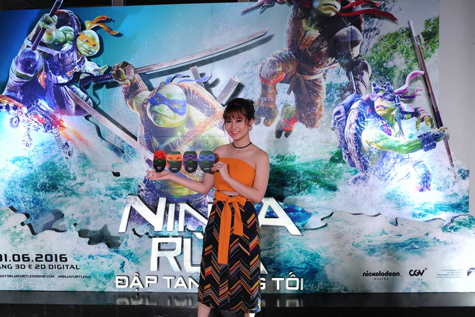 Đông đảo nghệ sĩ trẻ đến tham dự sự kiện ra mắt này.