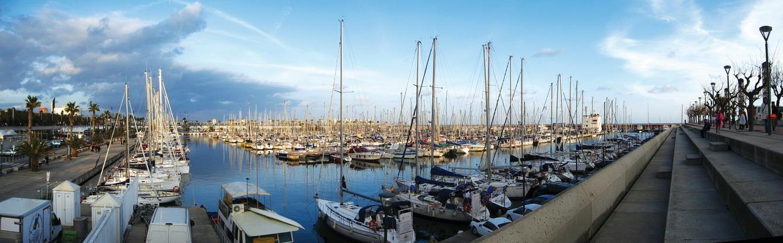 Bến cảng ở Barcelona