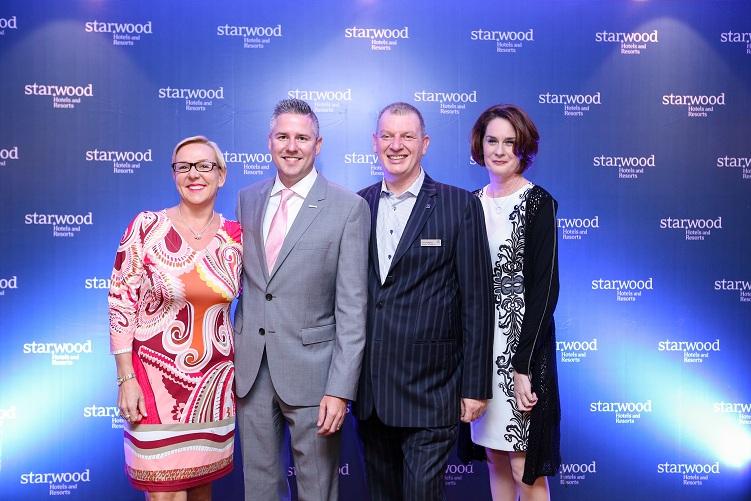Từ trái sang: Bà Catherine Racsko - TGĐ Sheraton Nha Trang, Ông Justin Malcolm - TGĐ Le Méridien Saigon và ông Scott Hodgetts - TGĐ Sheraton Saigon.