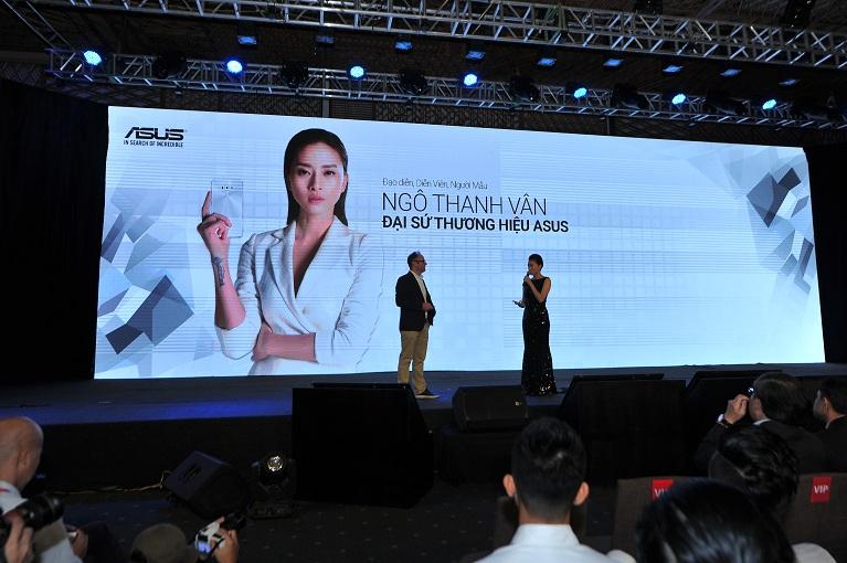 Sự kiện lần này cũng chào đón sự xuất hiện của diễn viên, ca sỹ, người mẫu kiêm nữ đạo diễn trẻ nổi tiếng Ngô Thanh Vân với vai trò Đại sứ thương hiệu đầu tiên của ASUS tại Việt Nam.