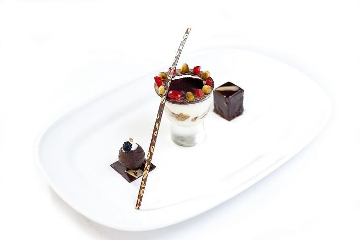 Trio of Vietnam chocolate (2)_resize