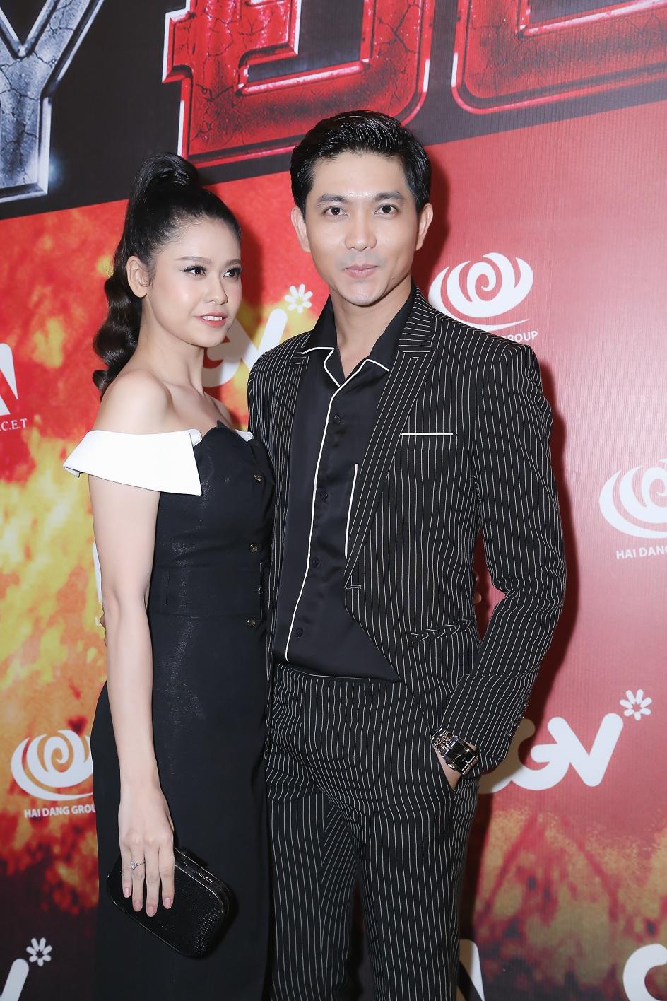 Vợ chồng ca sĩ Tim - Trương Quỳnh Anh...