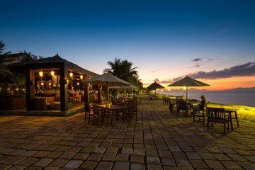 don trung thu cung Golden Sand Resort & Spa_8