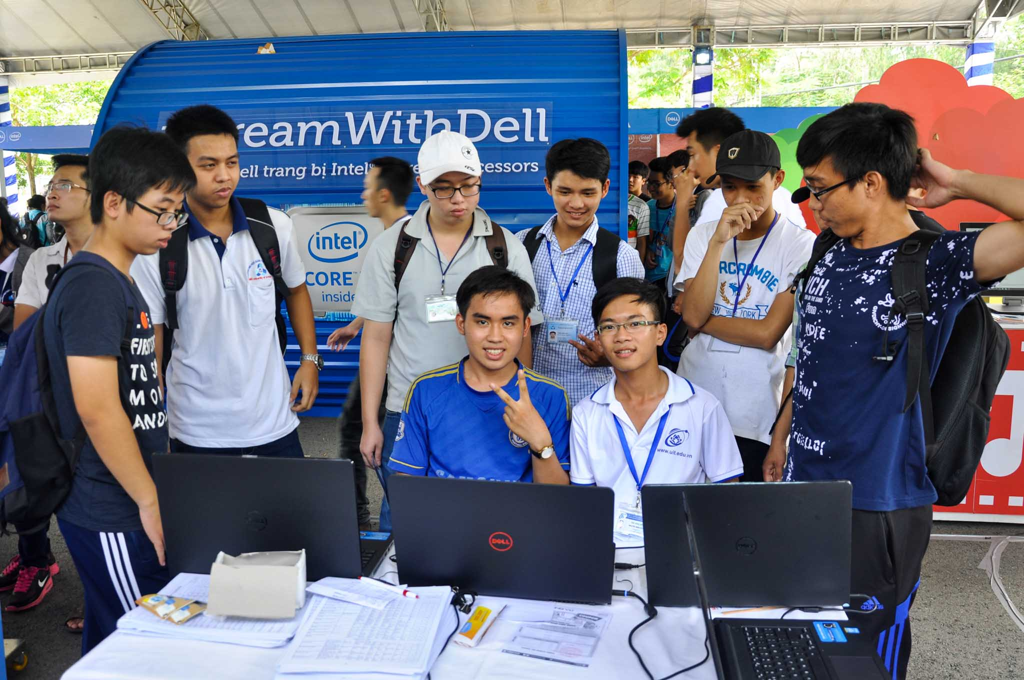 """""""Dream with Dell"""" được tổ chức tại Đại học Quốc gia Tp. HCM."""