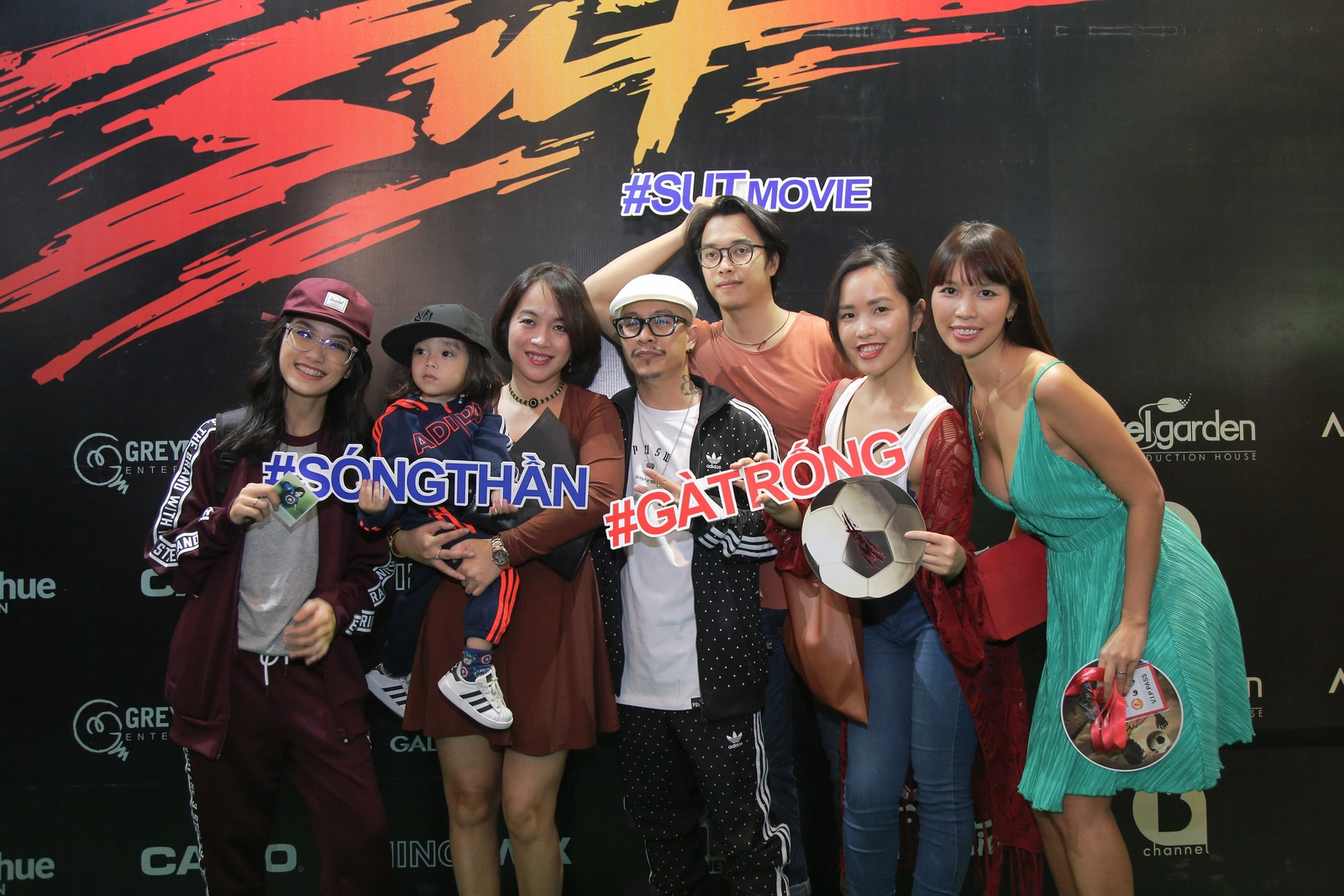 NDN_SUT-ra-rap_Gia dinh Viet Max - Ha Anh
