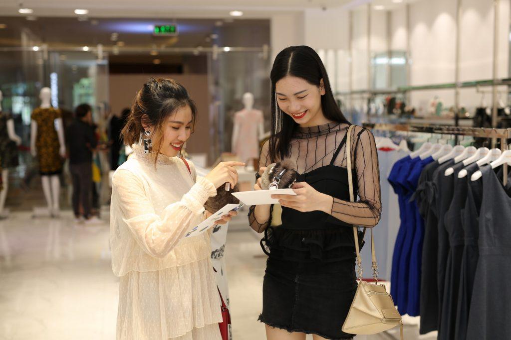 NDN_NTK Phuong My khai truong cua hang moi_1