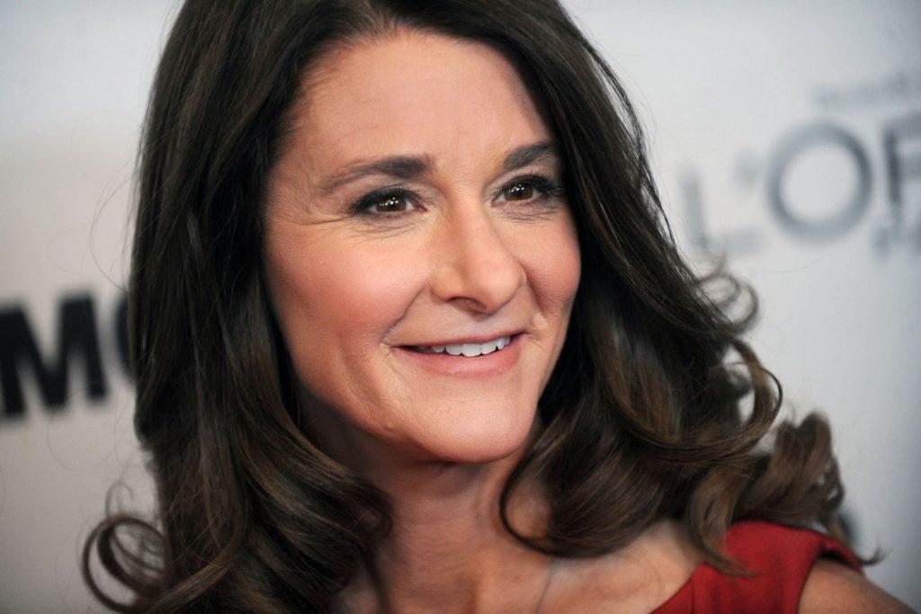 NDN_Nhung bong hoa thep truyen cam hung cho phai dep_Melinda Gates