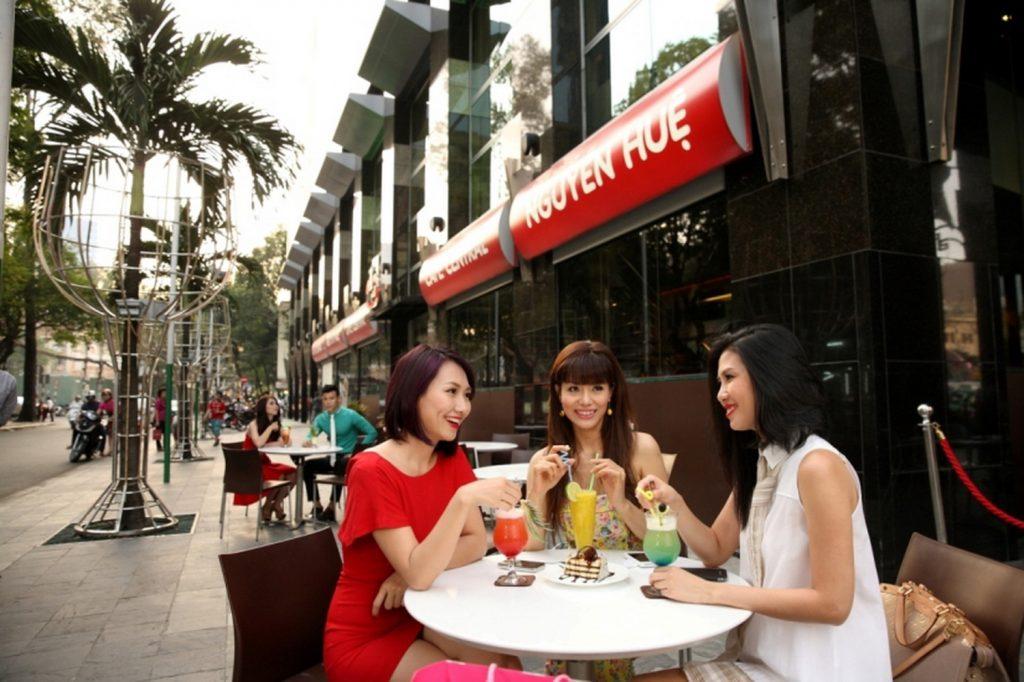 NDN_Dia diem thuong thuc am thuc khong the bo qua cua mua he nay_Cafe Central Nguyen Hue (2)_resize