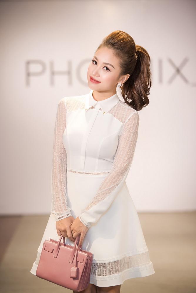 NDN_Vu Thu Phuong chieu dai khan gia bua tiec Den Trang_Van Hugo va mc Thai Dung (5)_resize