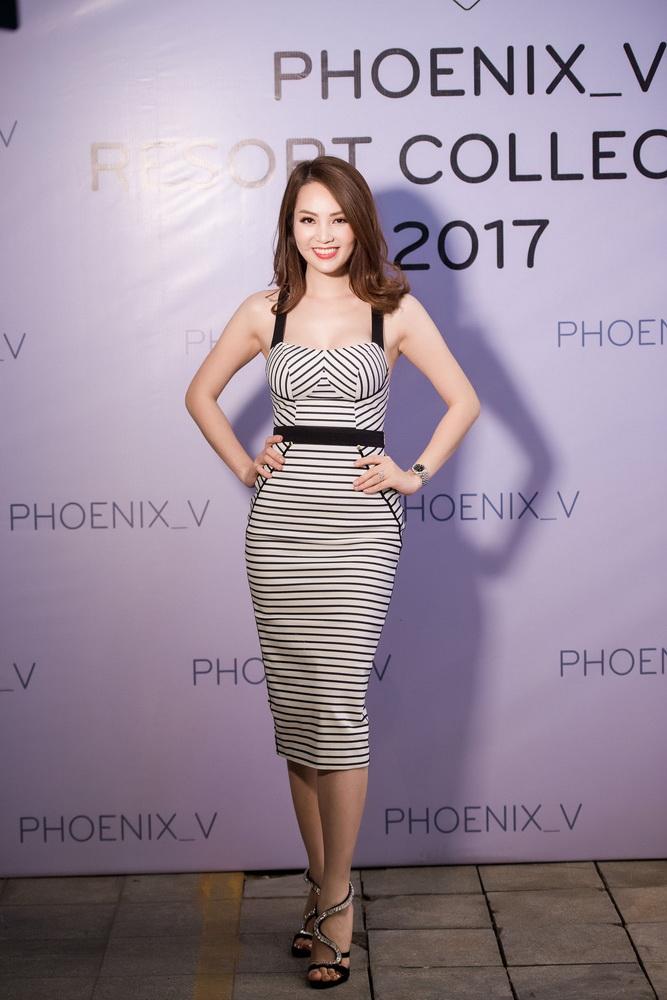 NDN_Vu Thu Phuong chieu dai khan gia bua tiec Den Trang_a hau thuy van (2)_resize
