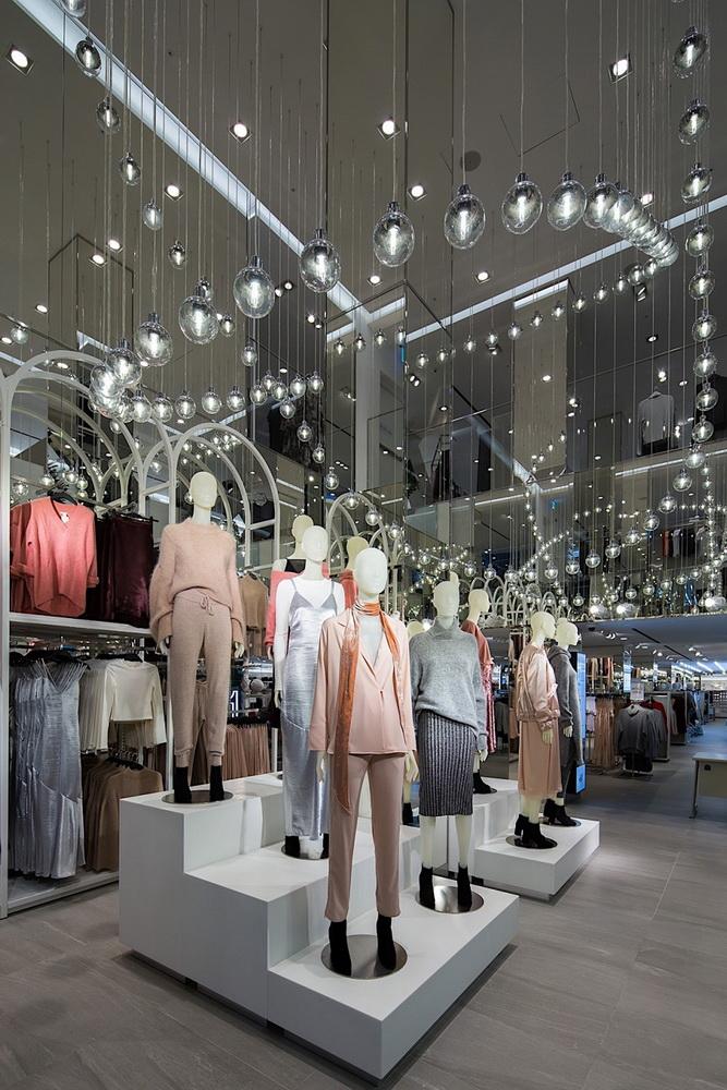NDN_Sau Zara den luot H&M do bo vao VN tai Vincom Dong Khoi_7