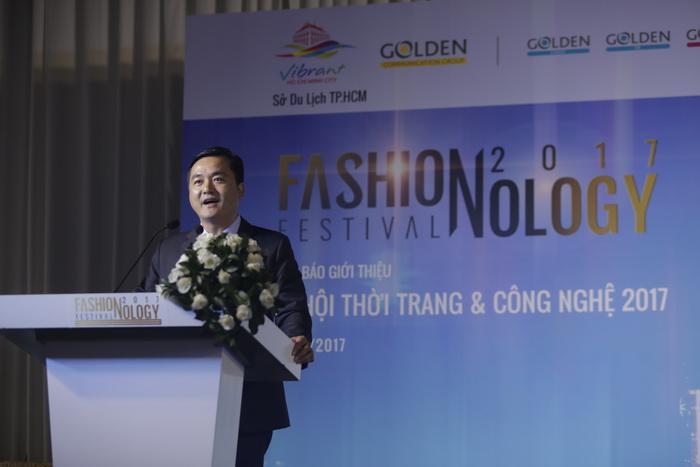 Ông Bùi Tá Hoàng Vũ - Giám đốc Sở Du Lịch TP.HCM phát biểu tại buổi họp báo.
