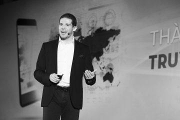 NDN_Cau chuyen 10 nam khoi tao cua Randy Dobson - Forbes Talk_resize