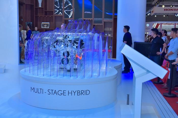 NDN_Lexus gioi thieu cong nghe Hybrid toan phan tai VMS 2017_2