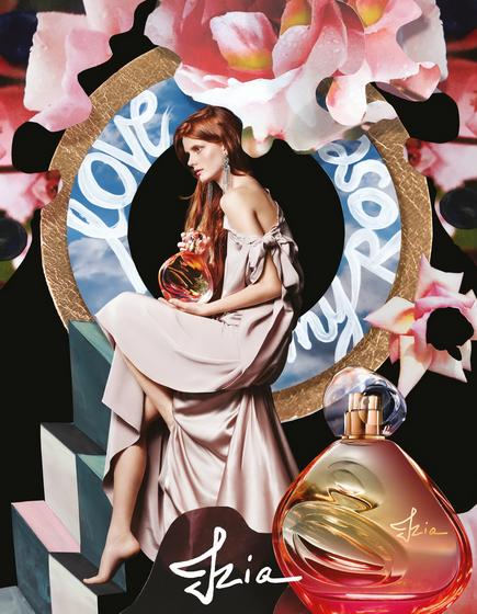 Được sáng tạo từ loài hoa hồng đặc biệt chỉ nở đúng trong hai tuần của tháng Năm, nước hoa Izia của Sisley gói gọn ký ức tuổi thanh xuân đẹp đẽ và trong trẻo.