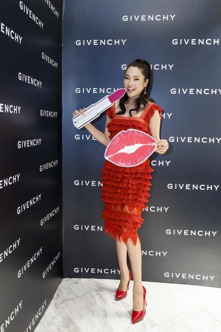 NDN_Givenchy VN ra mat bst Thu Dong 2017_04