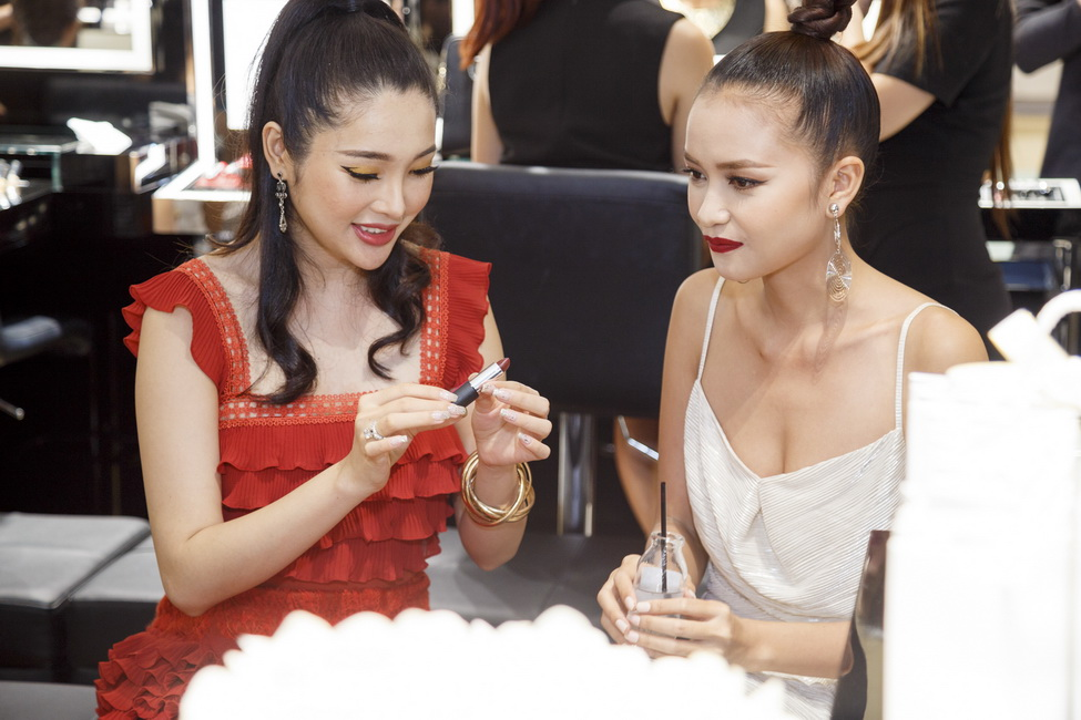 NDN_Givenchy VN ra mat bst Thu Dong 2017_05