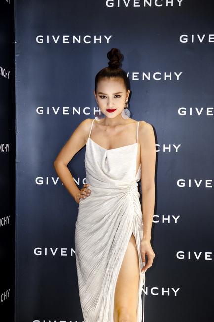 NDN_Givenchy VN ra mat bst Thu Dong 2017_06