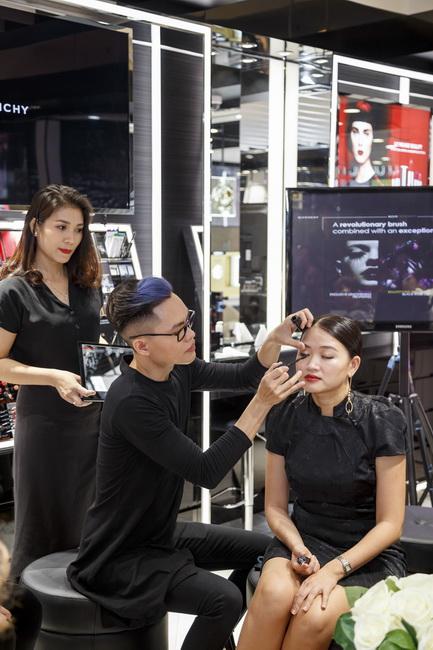 NDN_Givenchy VN ra mat bst Thu Dong 2017_10
