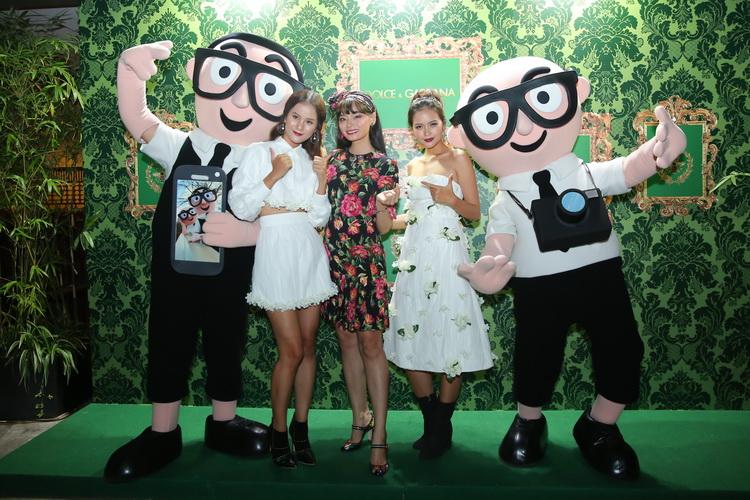 Người mẫu Hoàng Oanh nổi bật với Dolce&Gabbana