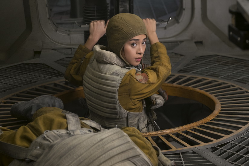 Veronica Ngo is Gunner Paige in THE LAST JEDI.